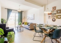 Bright open plan living toom and dining room